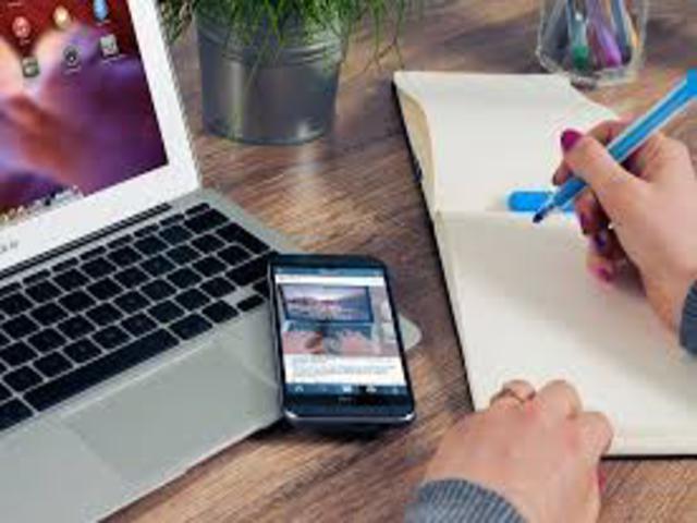 Faculdade realiza Feira Virtual de estágios e empregos