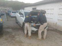 Homens são presos com armas e caminhonete roubada, no Agreste