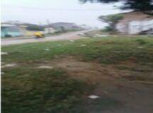 Moradora grava vídeo mostrando a realidade no bairro Boa Vista