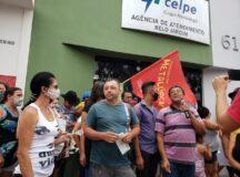 Moradores protestam contra o aumento da taxa da conta de luz em Belo Jardim