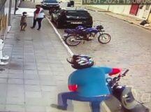 Câmeras flagram assalto a um frigorífico e uma farmácia no bairro da Cohab I em Belo Jardim