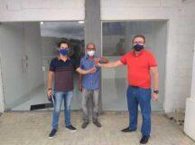 Entrega das chaves à UFRPE marca início de atividades do campus Belo Jardim