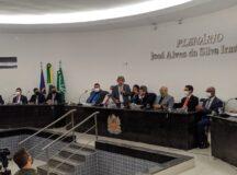 Gestão transparente: Gilvandro Estrela apresenta secretariado aos vereadores durante 1ª sessão da Câmara