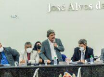 Primeira sessão da Câmara de Vereadores de Belo Jardim é marcada por fato histórico