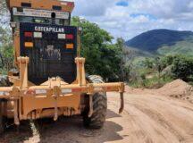 Prefeitura de Belo Jardim recupera estradas rurais e oferece mais conforto para população do campo