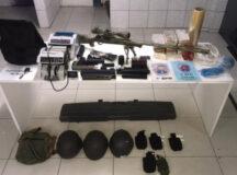 PM impede assalto a banco e apreende fuzil, dinamites e 11 kg de crack em Caruaru