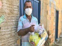 Secretaria de Assistência Social entrega cestas básicas, para pessoas cadastradas, a partir de segunda-feira