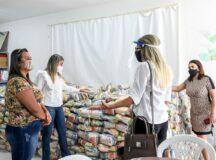 Secretaria de Educação iniciou a entrega dos 8.537 kits merenda aos alunos da rede municipal