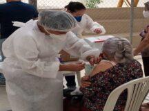 Belo Jardim inicia vacinação contra a Covid-19 para idosos de 62 anos nesta segunda-feira (19)