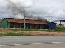 Incêndio atinge Praça de Alimentação em Belo Jardim