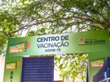 Bancários e profissionais dos Correios serão vacinados, a partir de segunda-feira (19), em Belo Jardim