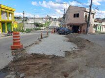 Após denúncias do BJ1, Compesa realiza conserto na pavimentação da Avenida Santo Antônio