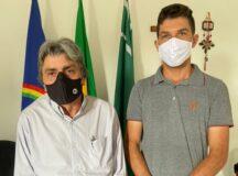 """""""Pelo trabalho que ele vem fazendo, eu resolvi apoiar"""", afirmou Cícero Rocha, novo integrante do grupo político de Gilvandro Estrela"""