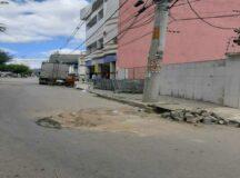 População reclama de buracos no bairro do Tambor em Belo Jardim