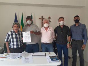 Gilvandro contrata empresa para reposição de calçamento e operação Tapa-buraco em Belo Jardim