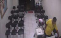 Homem furta celular de atendente em ótica de Belo Jardim