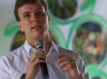 Em seminário rural, Miguel Coelho afirma que agricultores estão 'esquecidos' pelo Governo de Paulo Câmara