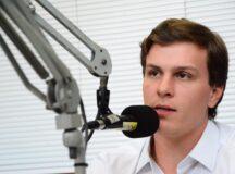 """""""Vamos consolidar o DEM como maior partido de oposição do Estado"""", diz Miguel Coelho em entrevista à rádio Bitury"""