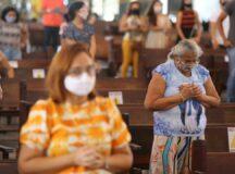 Em Pernambuco, fiéis só poderão frequentar cultos e missas com esquema vacinal completo ou teste negativo de Covid-19