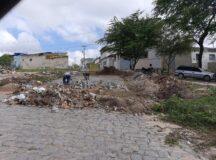 Após denúncia do BJ1, Compesa inicia conserto no calçamento da Rua Francisco Muniz, no bairro da Floresta
