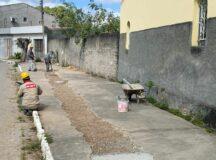 Após cobrança de Gilvandro Estrela, Compesa realiza conserto da calçada do Rotary