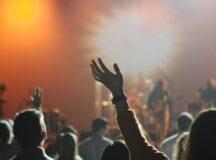 Bares, restaurantes e eventos podem funcionar até 2h da manhã em Pernambuco